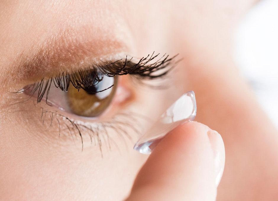 7be2e52566 Un nuevo y revolucionario material permite usar lentillas a quienes padecen  problemas de la vista hasta 30 días seguidos -con sus noches- al transmitir  ...
