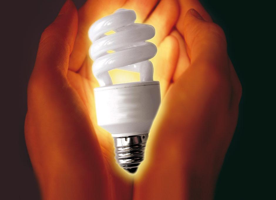 Las llamadas bombillas de bajo consumo son peligrosas for Bombillas bajo consumo